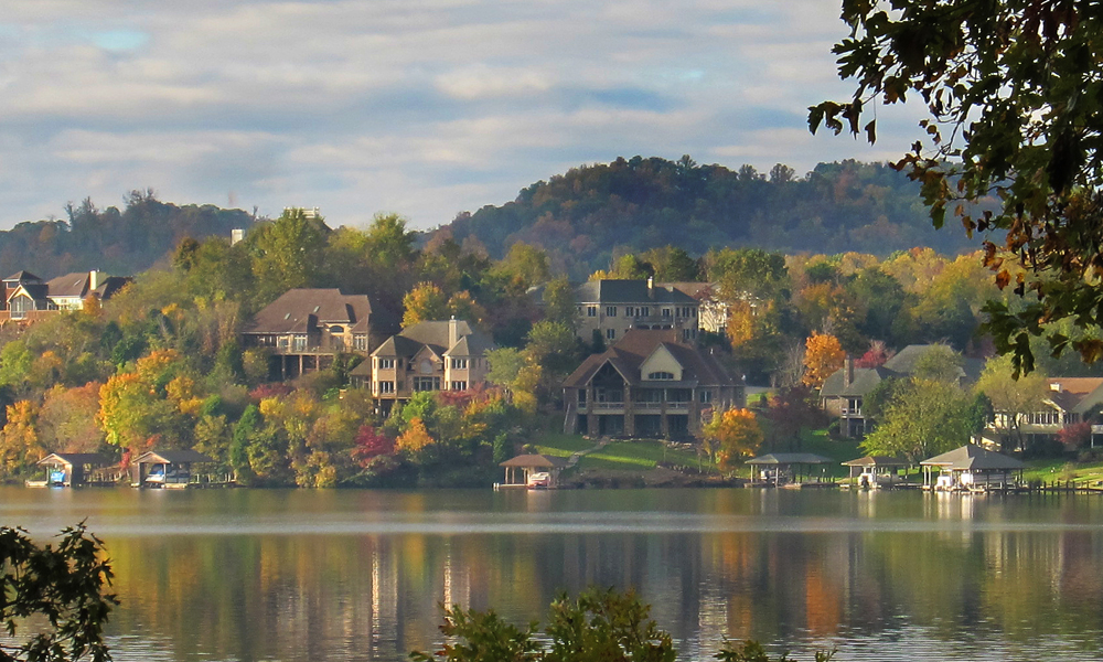 affordable lakefront homes on tellico lake  tn